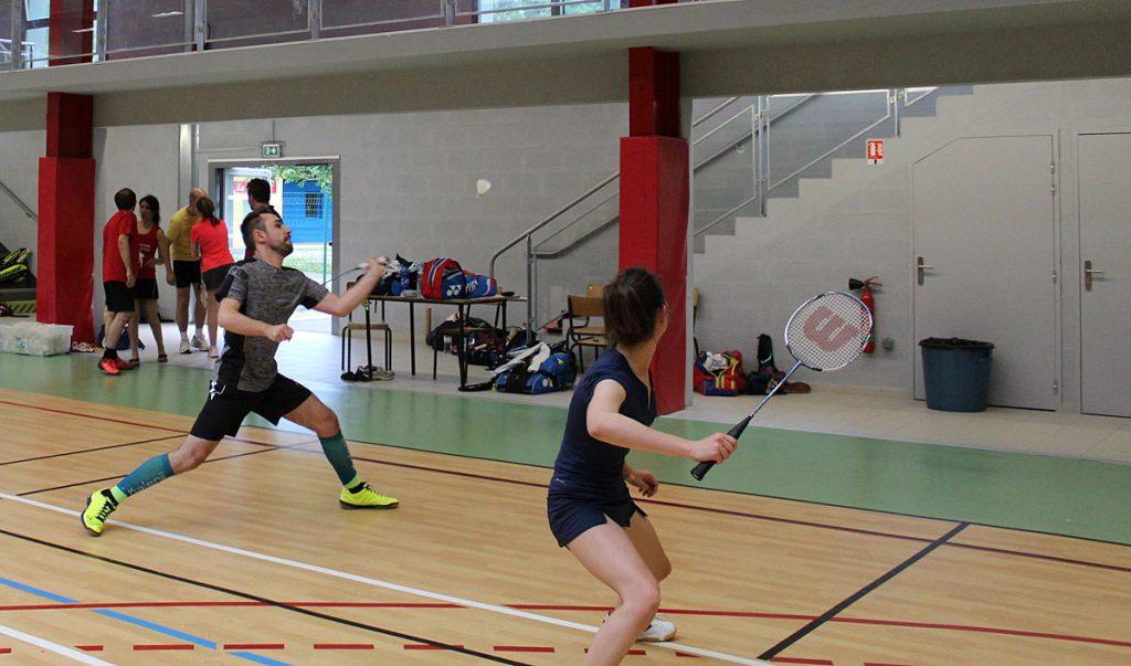 Jouer au badminton dans un club de badminton à Périgueux Dordogne 24